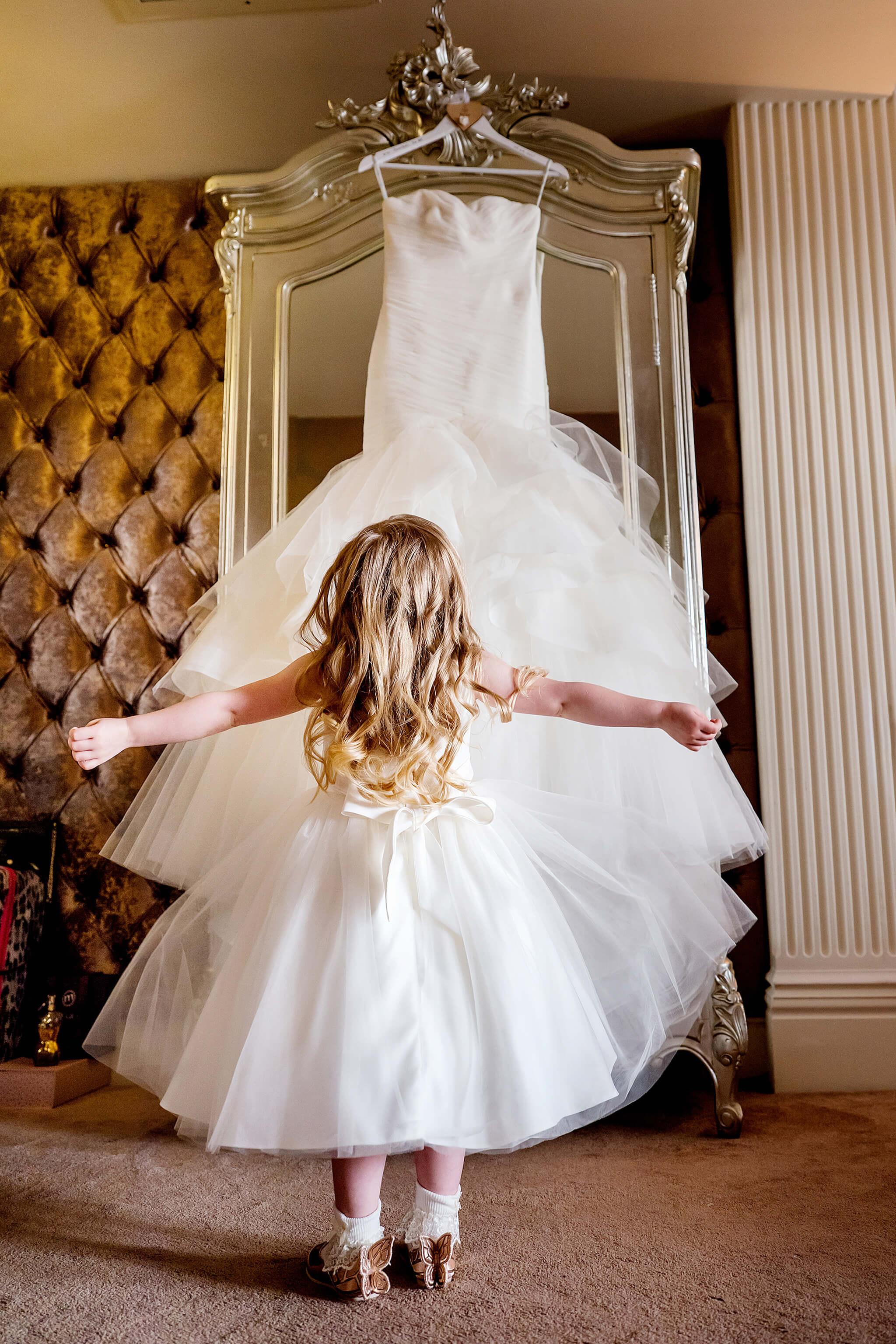 flowergirl-bridesmaid-weddingdress-weddingday-30-james-street-liverpool