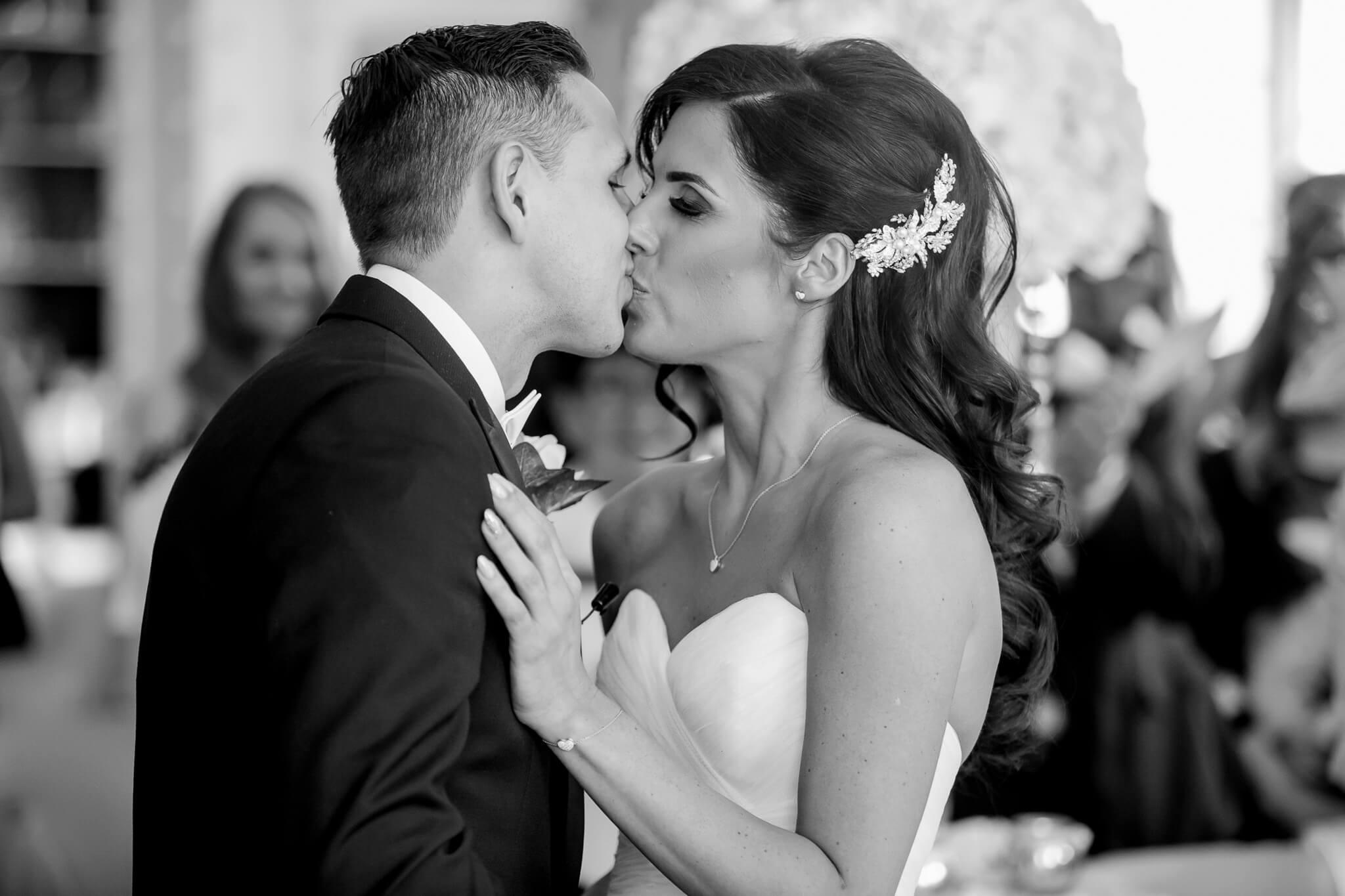 ceremony-bride-groom-kiss-liverpool30-james-street-wedding