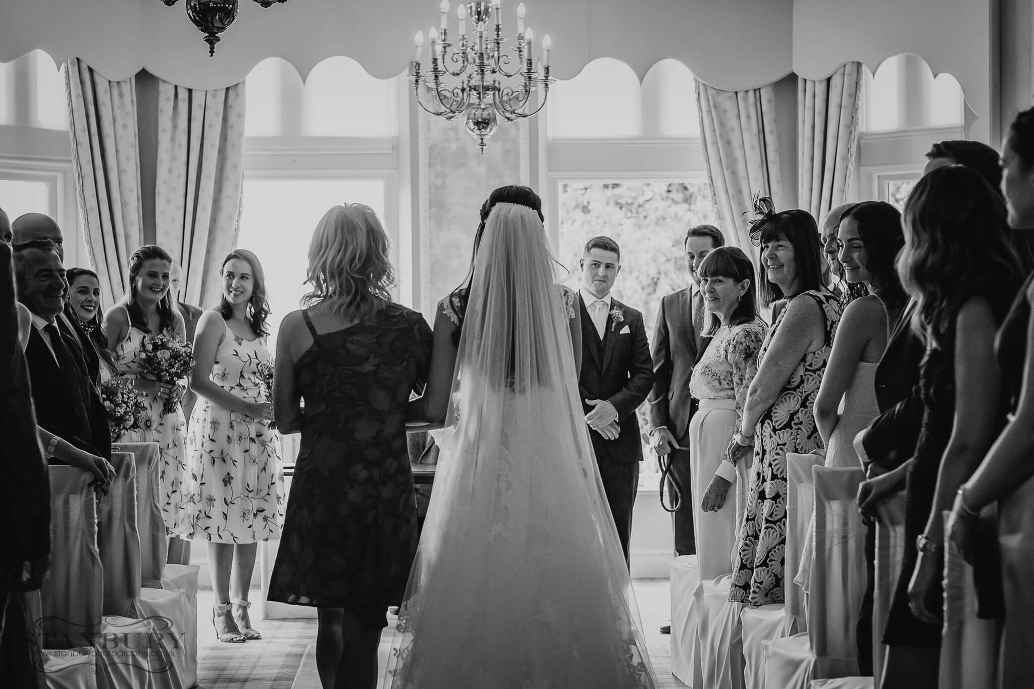 merewood-country-house-wedding-photography-014