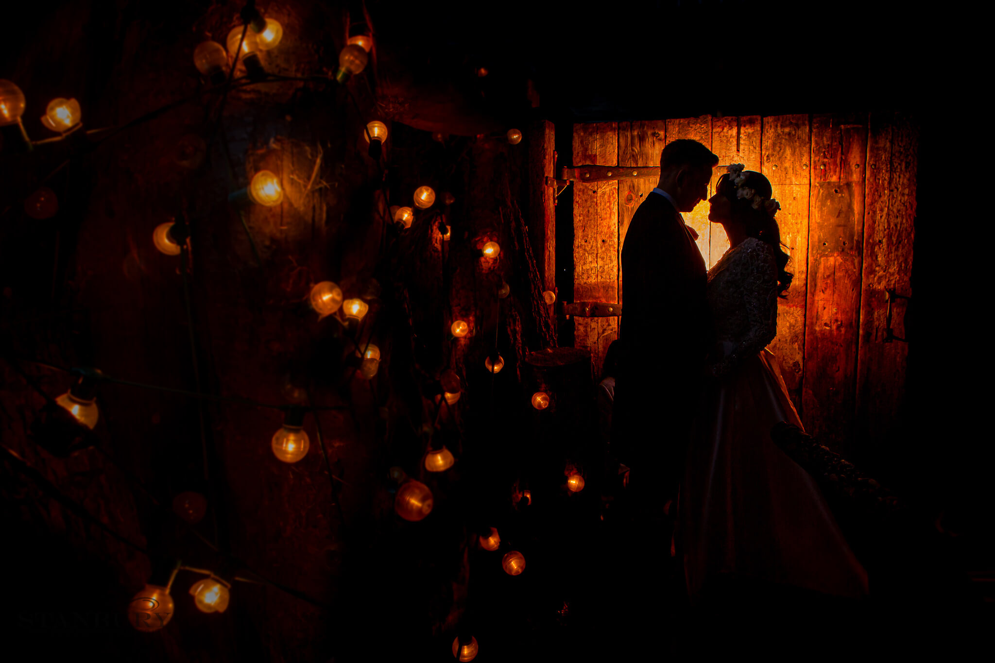 owen-house-wedding-barn-dancing-photo-studio-photography-stanbury