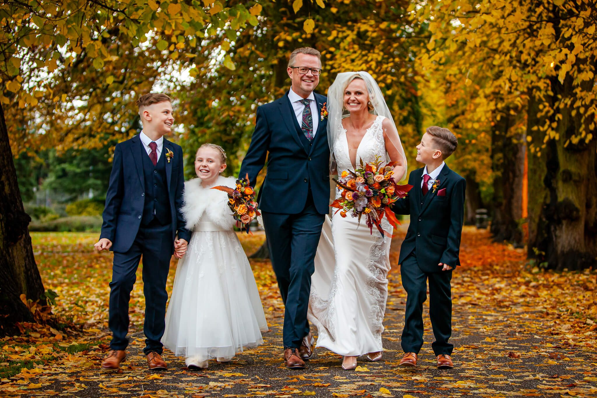family-bride-groom-wedding-photography-stanbury-photography