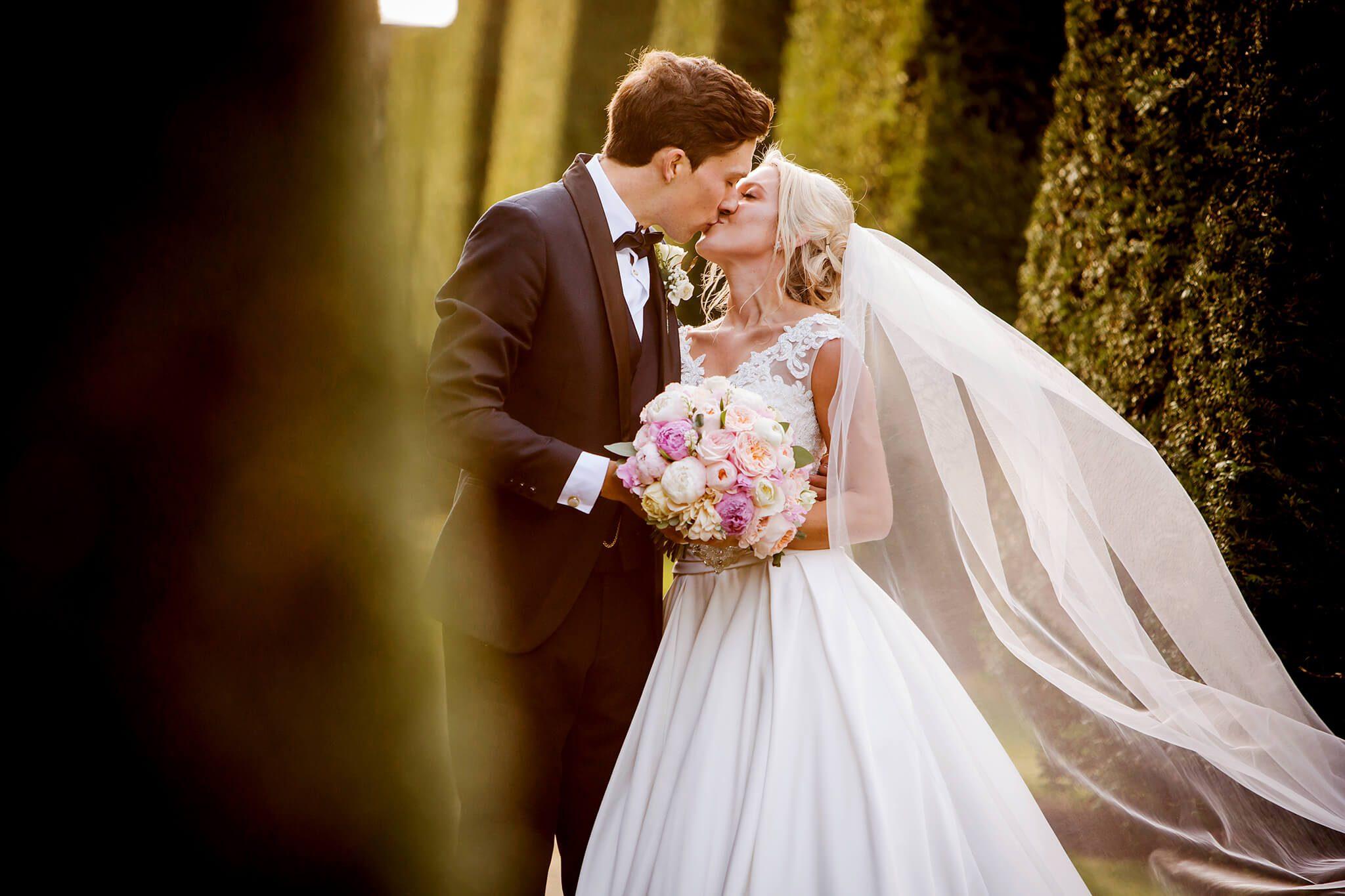 hoghton-tower-wedding-photographer-stanbury-photography-021a