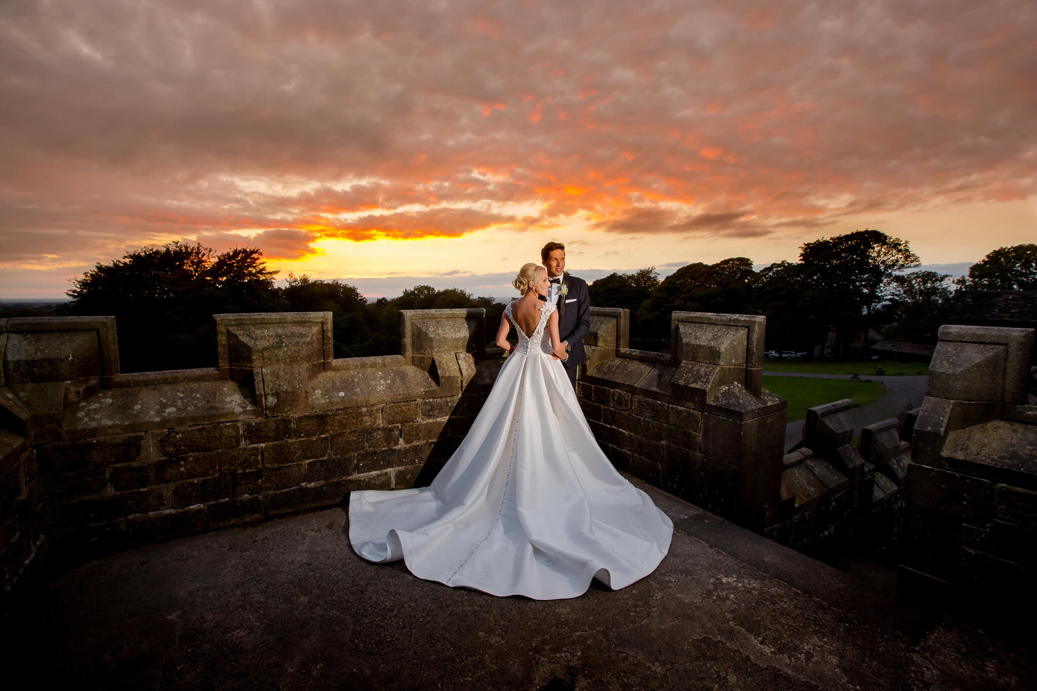 hoghton-tower-wedding-photographer-stanbury-photography-025