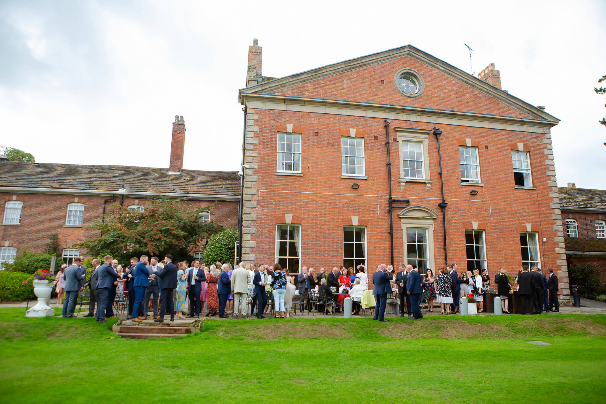 mottram-hall-wedding-photographer-cheshire-024