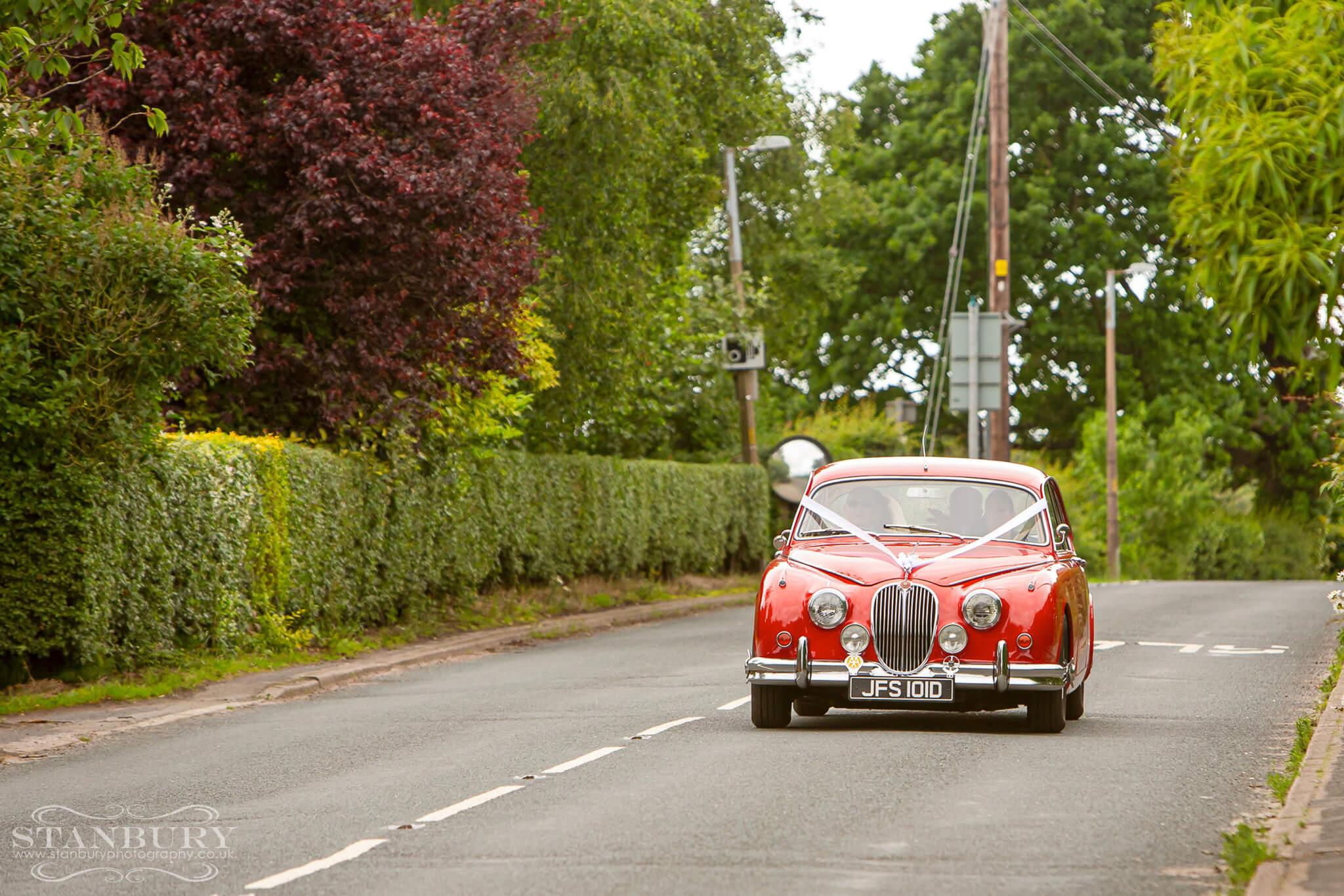 jaguar-car-tipi-wedding-photography-lancashire-stanbury