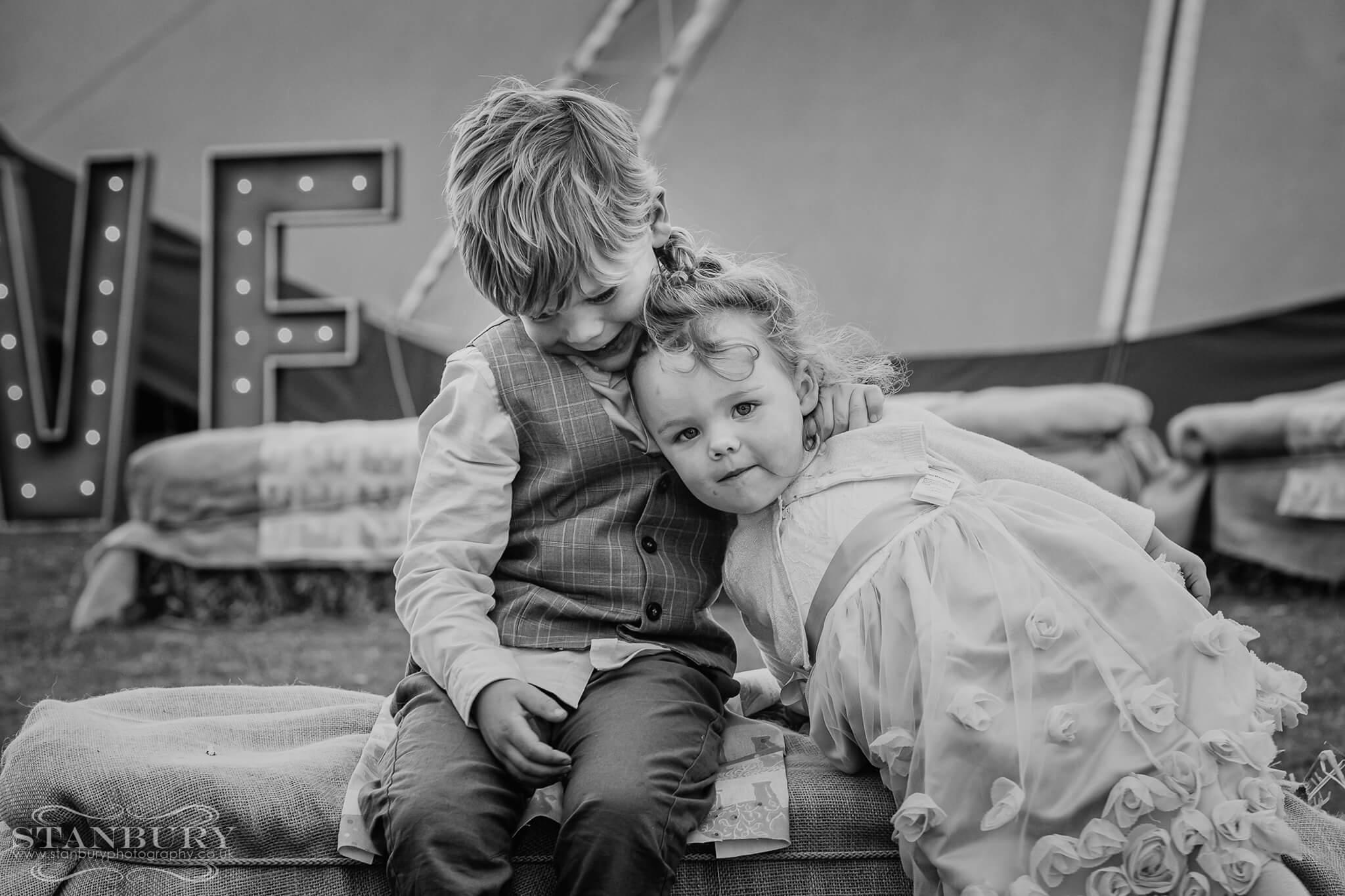 tipi-festival-family-wedding-photography-lancashire-stanbury