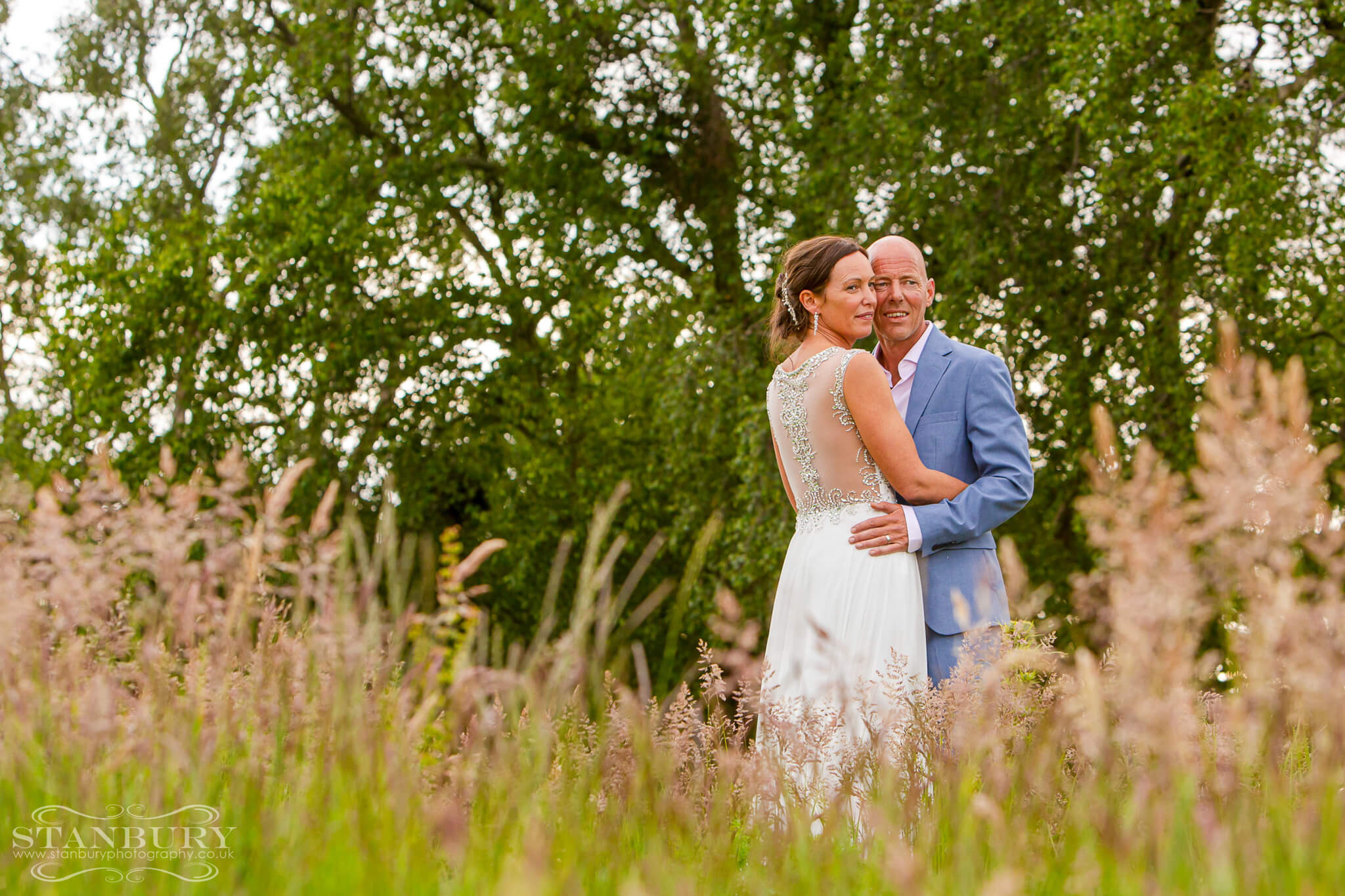 tipi-festival-bride-groom-wedding-photography-lancashire-stanbury