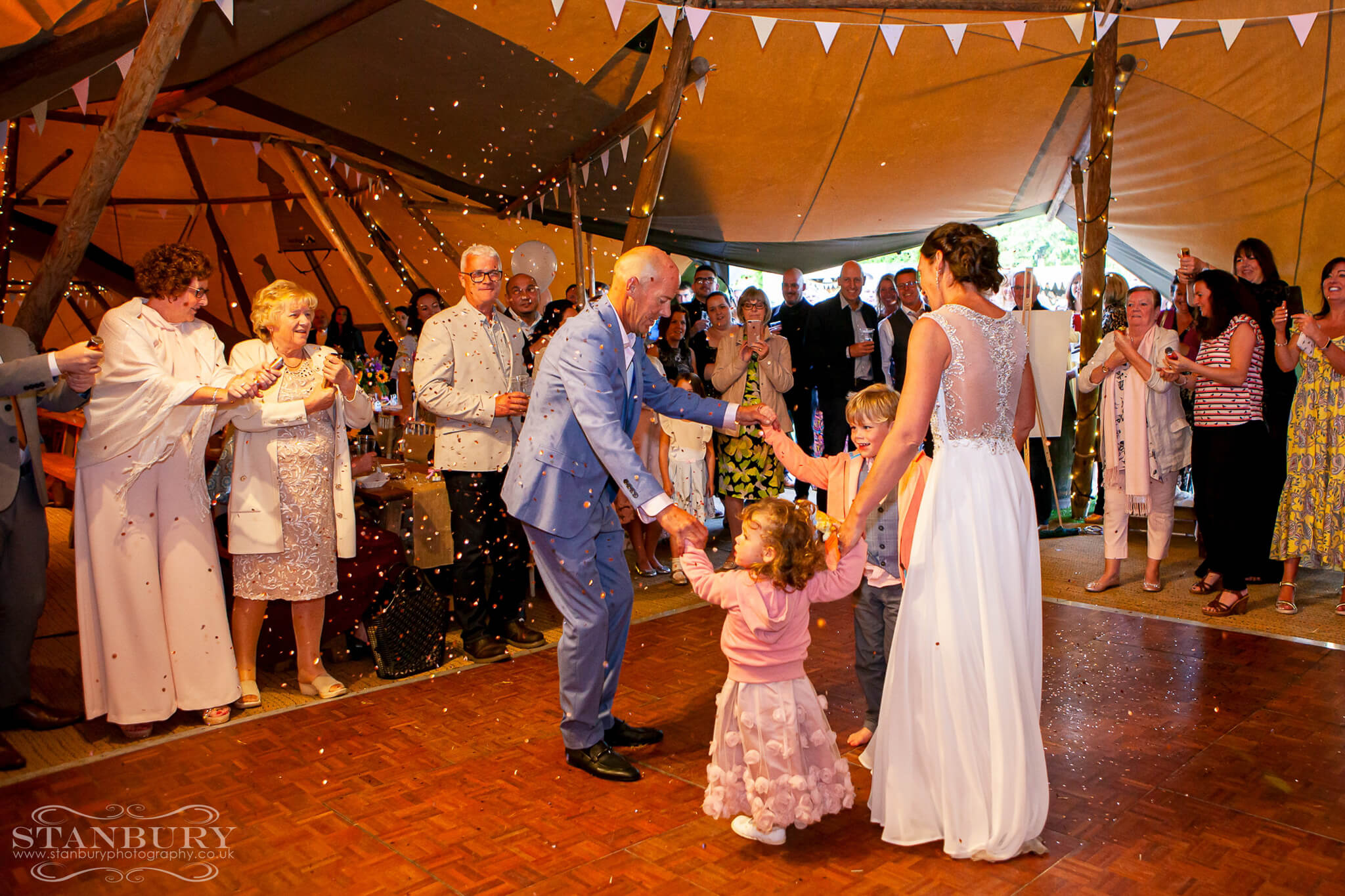 festival-first-dance-wedding-photography-lancashire-stanbury-042