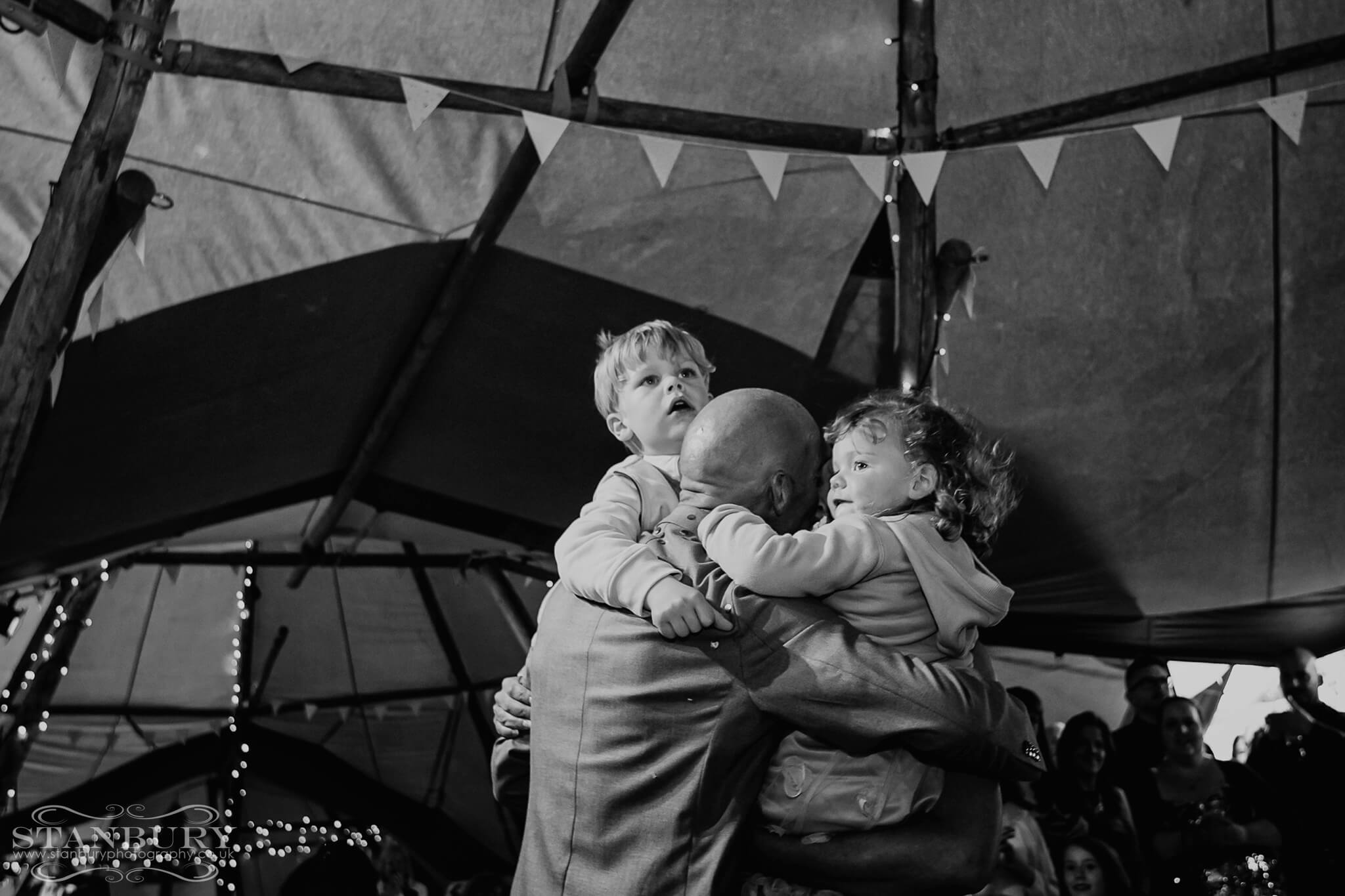 festival-first-dance-wedding-photography-lancashire-stanbury-043