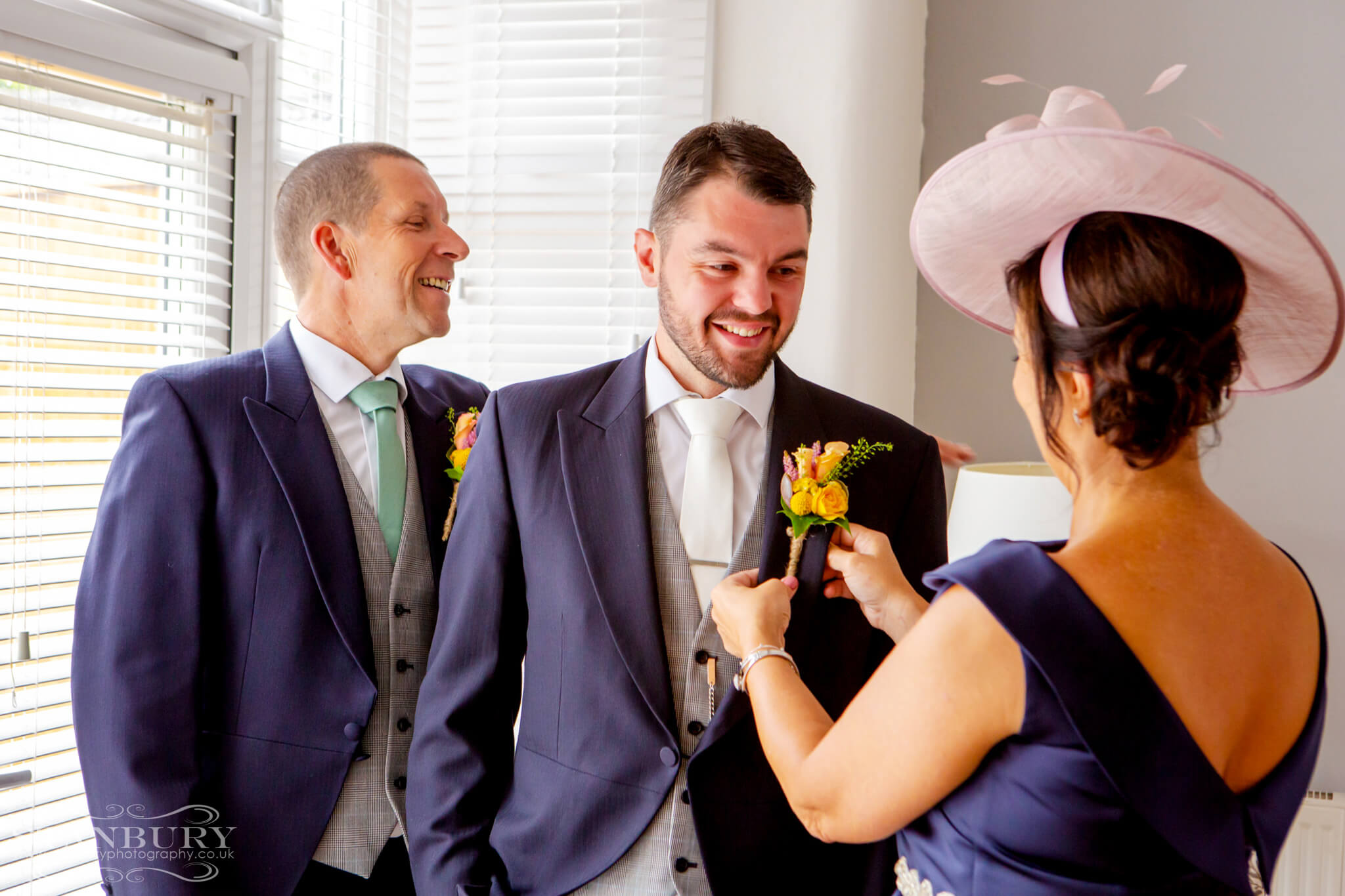 best-lancashire-wedding-photographers-stanbury-photography-004