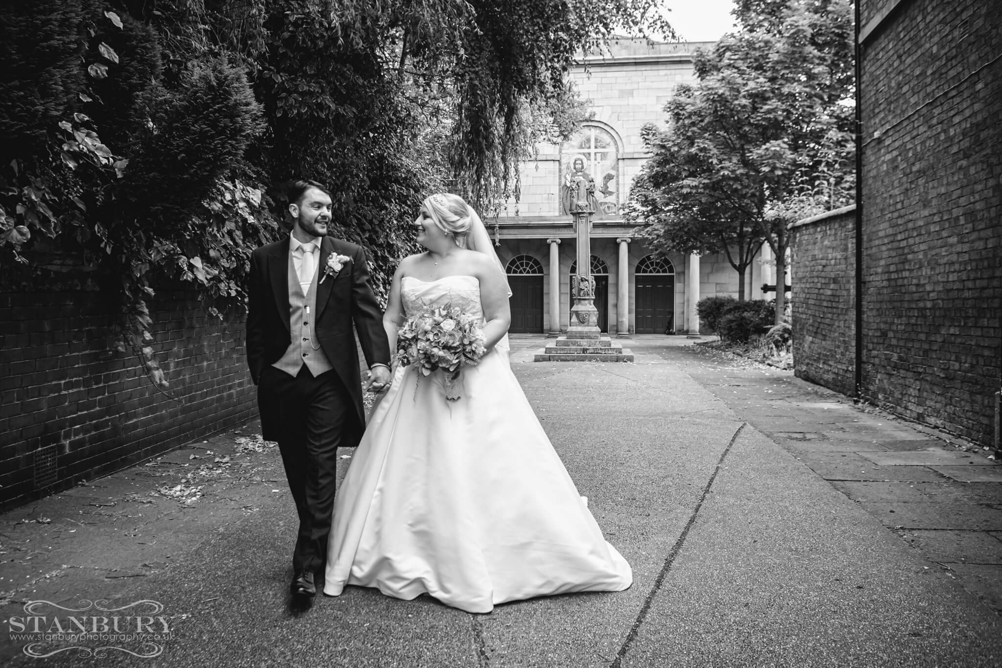 best-lancashire-wedding-photographers-stanbury-photography-021