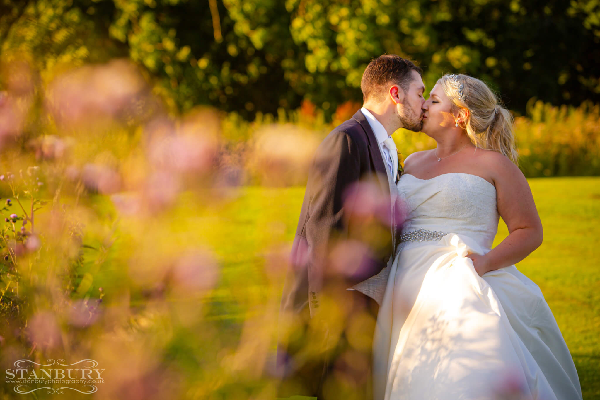 best-lancashire-wedding-photographers-stanbury-photography-030