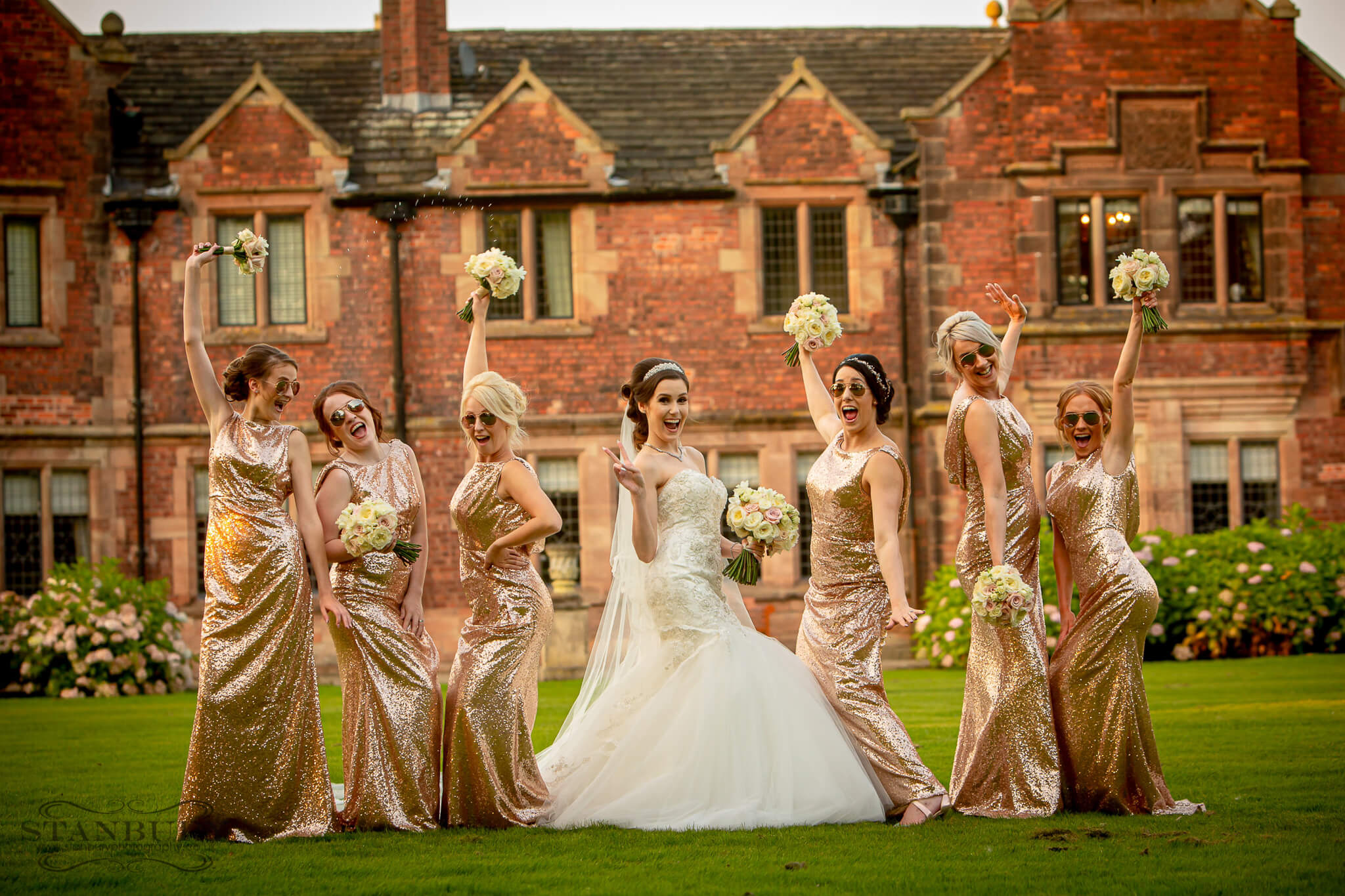 bridesmaids-colshaw-cheshire-photographers